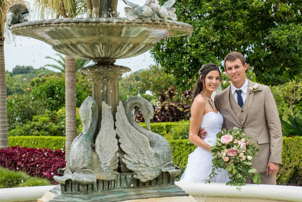 Wedding at Hollis Garden by our Photographers in Lakeland ...
