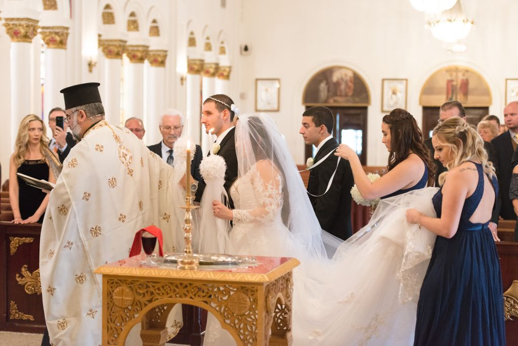 Ceremonial Walk Greek Weddings